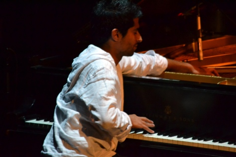 Pianist Belyamani.